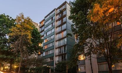 Starlite Apartments