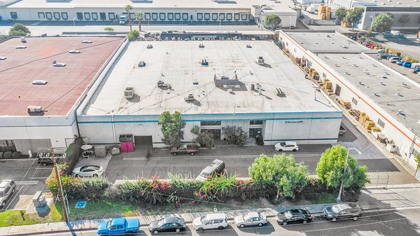 Avison Young announces $5.5 million sale of a 32,000-sf freestanding industrial building to owner/user in Whittier, California