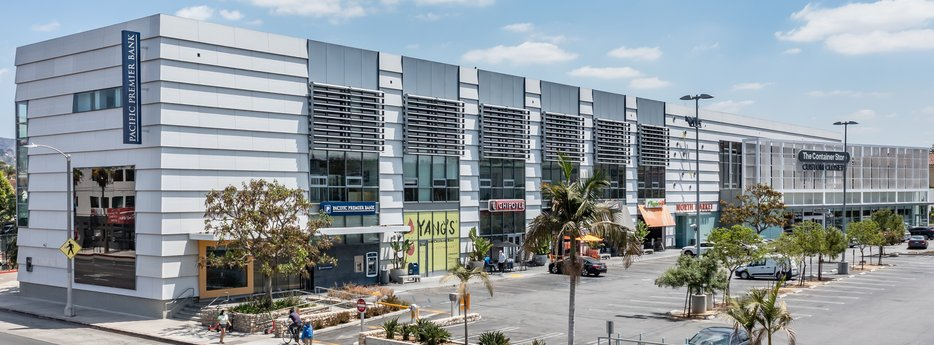 Avison Young negotiates 15,000-sf creative office U.S. HQ lease on behalf of Moonbug Entertainment in Los Angeles