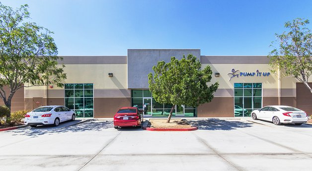 Avison Young brokers $1.75-million sale of a fully occupied three-tenant industrial condo in Murrieta, CA