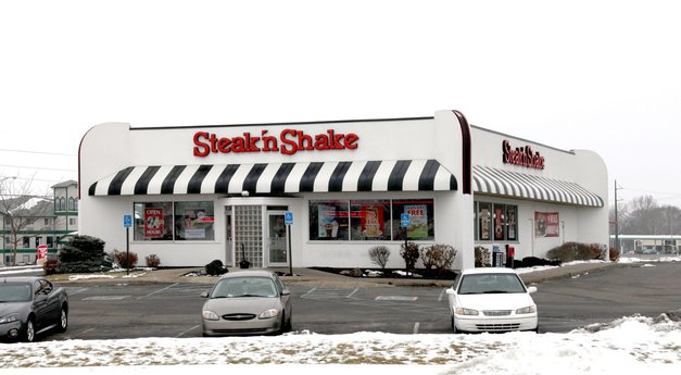 Avison Young announces $1.45 million acquisition of a single-tenant property occupied by Steak 'N Shake restaurant in Plainfield, IN