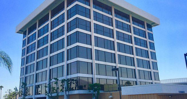 Avison Young brokers $25.6M sale of eight-story office building in Arcadia, CA