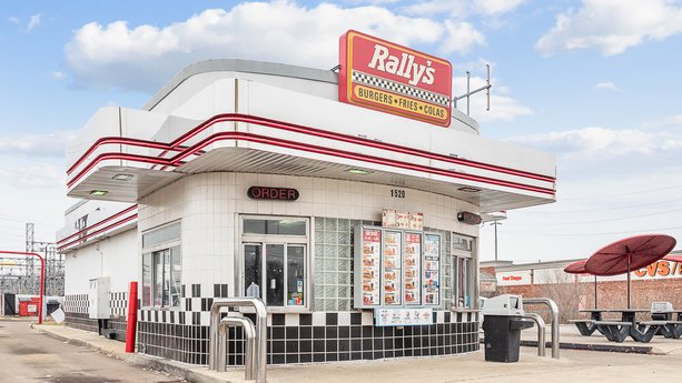 Avison Young brokers sale of retail property leased to Rally's in Indianapolis