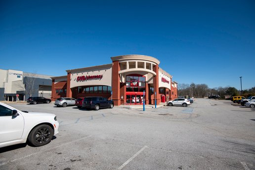 Avison Young brokers $4.9 million sale of single-tenant retail property occupied by CVS in Carrollton, GA