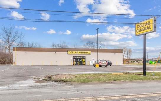 Avison Young brokers sale of a Dollar General-occupied single-tenant retail property in Flint, MI