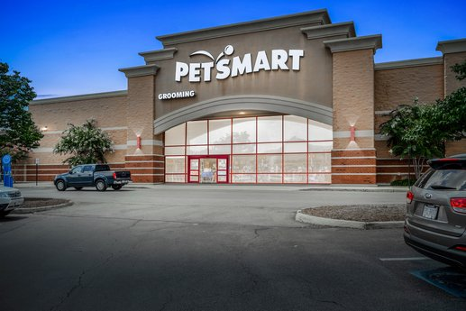 Avison Young brokers $3.8 million sale of single-tenant retail property occupied by PetSmart in Lynchburg, VA