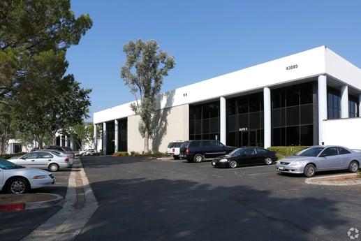 Avison Young negotiates 47,808-sf industrial lease on behalf of Cali Wine & Vine in Temecula, CA
