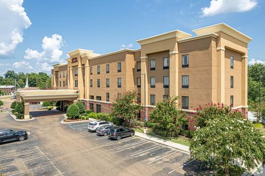 Auction: October 25-27 - Hampton Inn & Suites Natchez - Natchez, MS
