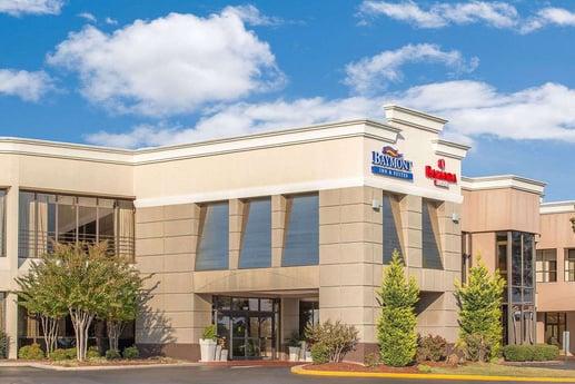Avison Young Lists Ramada Plaza/Baymont Inn Fort Bragg - Fayetteville, NC