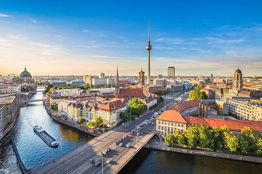 Avison Young eröffnet neues Büro in Berlin