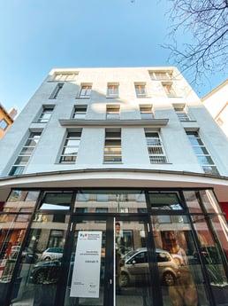 Avison Young berät den Bundesverband Farbe Gestaltung Bautenschutz exklusiv bei zwei Anmietungen am Frankfurter Gewerbeimmobilienmarkt