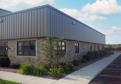 Avison Young completes 33,000-sf industrial building sale in Chicago market