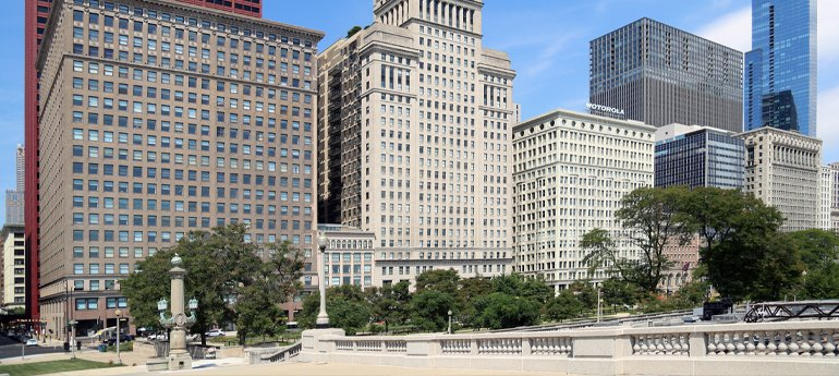Avison Young negotiates multiple long-term leases of office space at 332 S Michigan in downtown Chicago