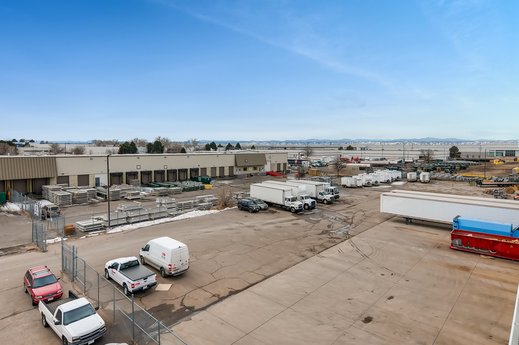 Avison Young brokers announce sale of $10.6 Million industrial property in Denver
