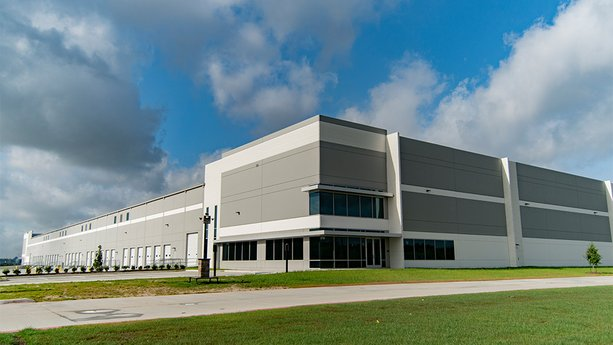 Avison Young negotiates 89,445-sf lease for petrochemical manufacturer and distributor in Greater Houston