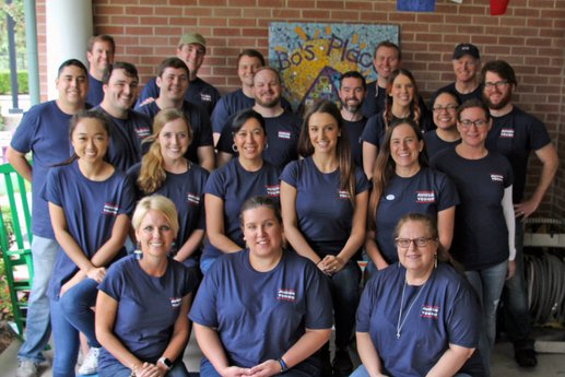 Avison Young team spends Day of Giving at two Houston non-profit organizations