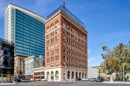 Avison Young completes the $14 million acquisition of historic office building in downtown Oakland, CA