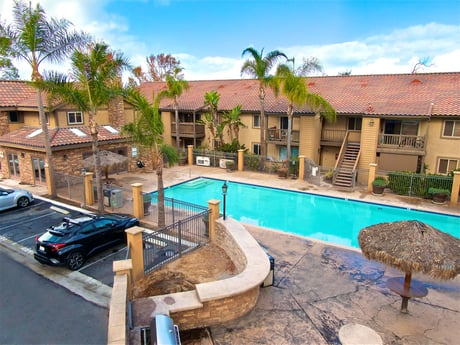 Avison Young brokers $11.3 million sale of 44-Unit Playa Blanca Apartments in Imperial Beach, CA