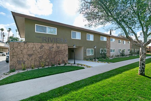 Avison Young completes $16.76-million portfolio sale of two value-add apartment properties totaling 72 units in Azusa, CA